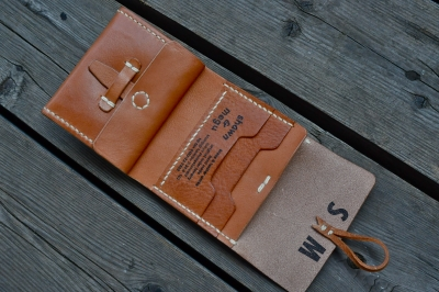 leather wallet_sm5.JPG
