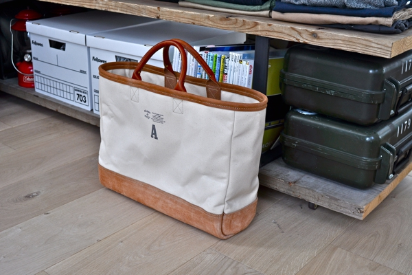 white canvas tote_sm6.JPG